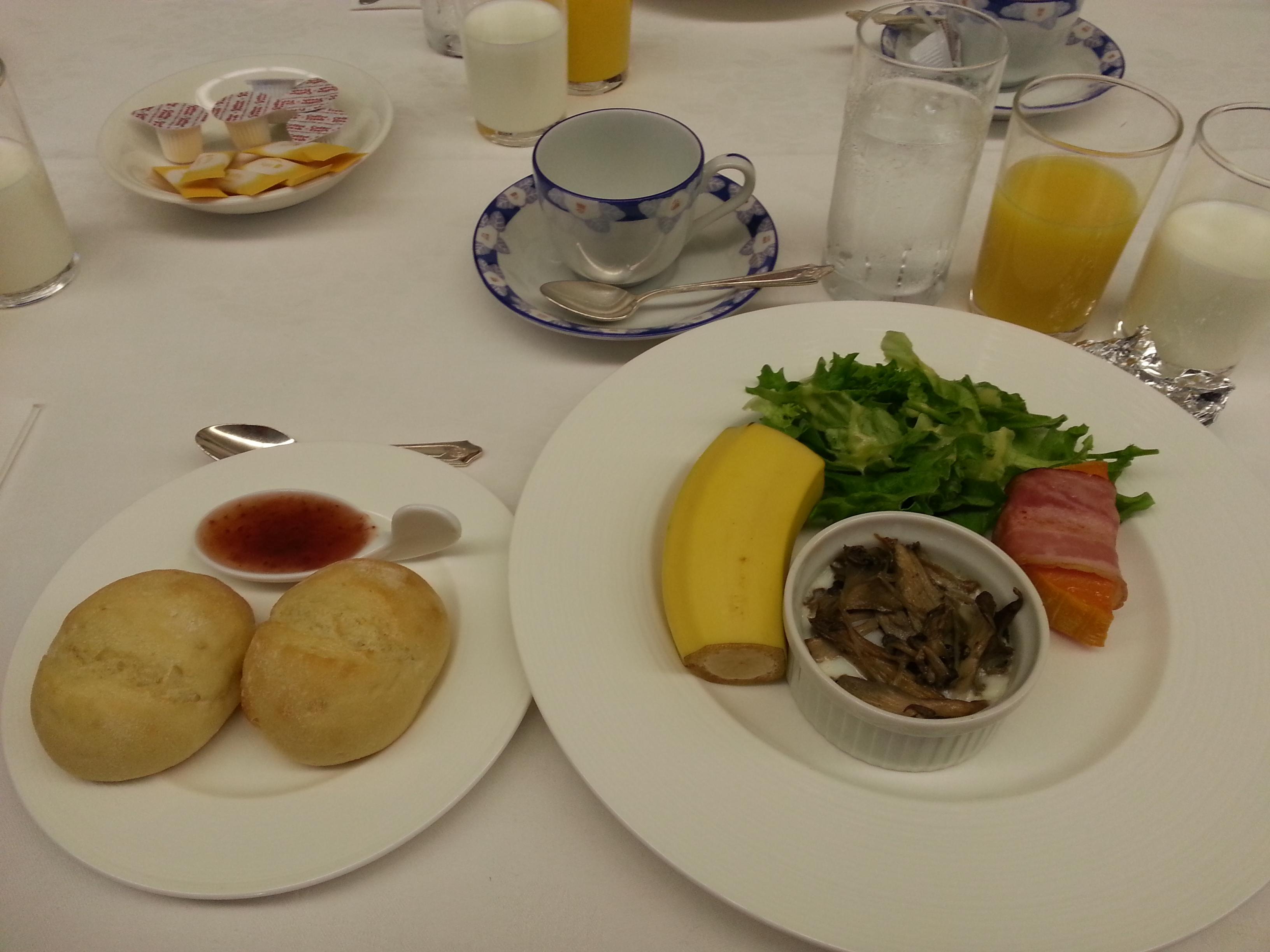 日立製作所の出居昭男氏が、第20回エシカル朝食会で講演