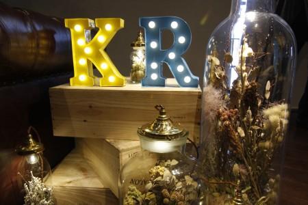 結婚式の思い出照らす~エムスール、花を再利用のライト